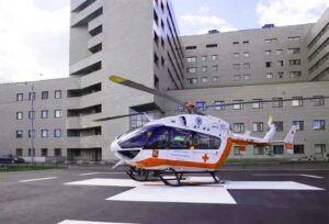 Боткинская больница вертолёт