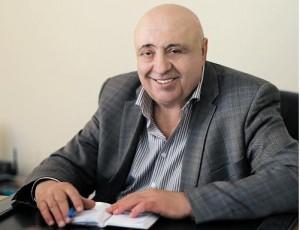 Юрий Викторович Шаповалов главный врач