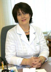 Елена Витальевна Шинкаренко врач, заведующая поликлиникой