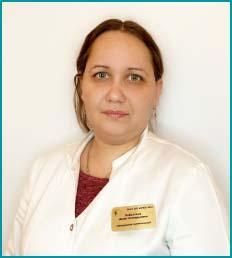 Анна Геннадьевна Кобылина врач терапевт, заведующая поликлиникой 4
