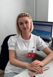 Корнеева Юлия Олеговна, врач-невролог